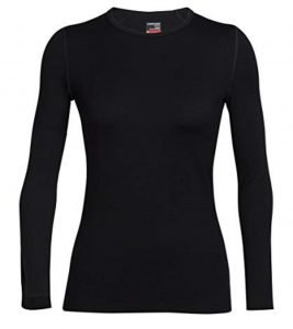 Black long-sleeved undershirt