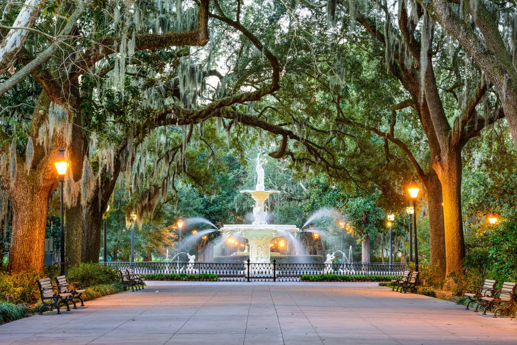 Summer Travel 2021: best family vacation destinations featured by top US BIPOC travel blogger, Momma Wanderlust - Savannah GA