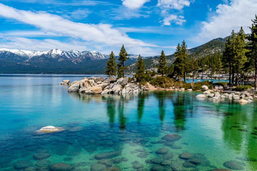 Best Places to Go for Labor Day Weekend 2021 featured by top US family travel blogger, Momma Wanderlust: Lake Tahoe, California